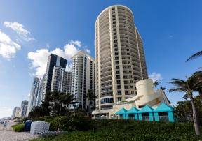 DoubleTree Ocean Point Resort