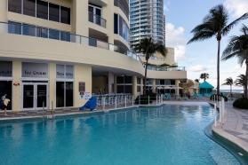 Zero Entry Pool - DoubleTree Ocean Point Resort